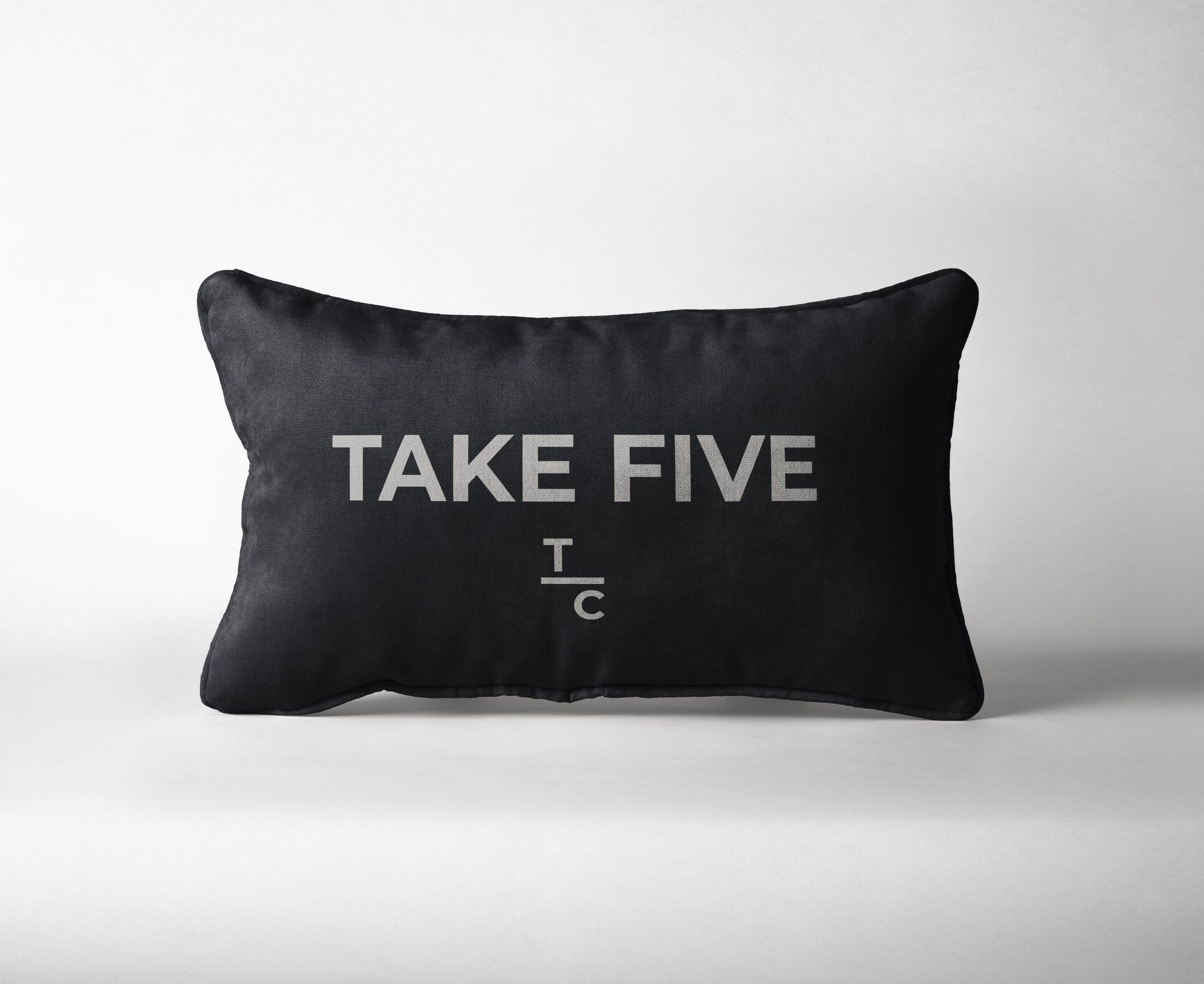 Rectangular Pillow 02 min scaled